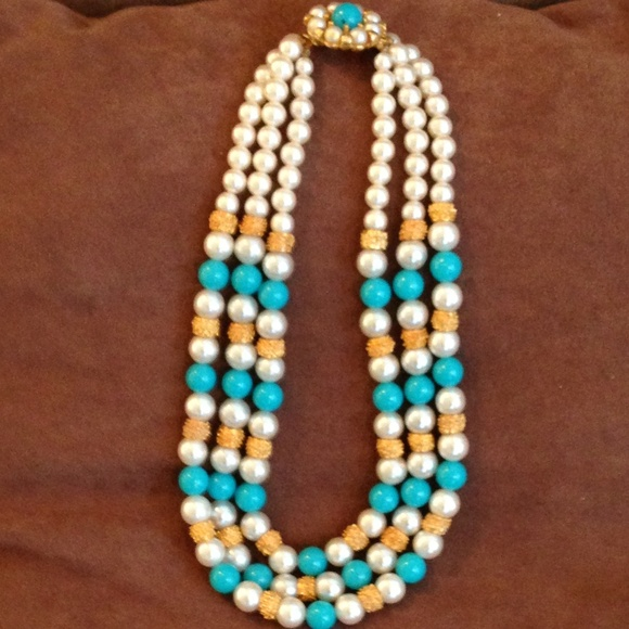 Unknown Jewelry - Blue & Yellow Beads with Faux Pearls
